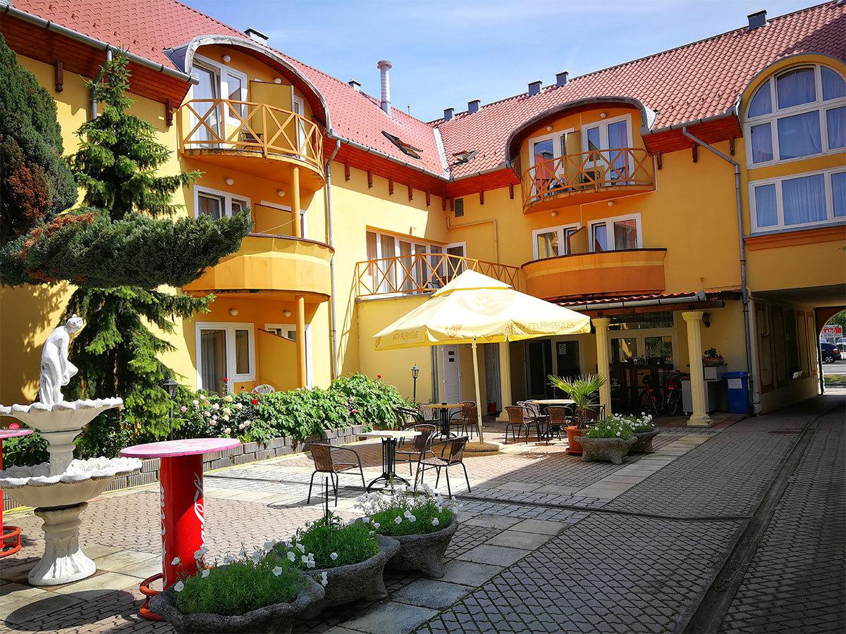 Átrium Hotel*** Harkány - szállás 2 fő részére félpanziós ellátással 2 vagy 3 éjszakára