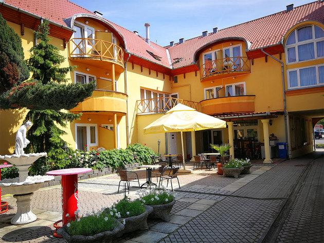 Atrium-hotel-szallas-harkany_large