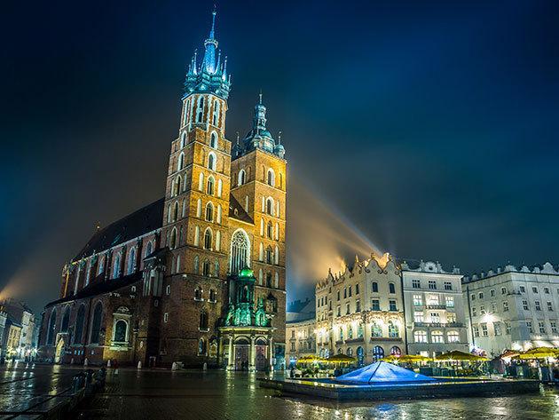 2 napos kirándulás Prágában, busszal,idegenvezetővel, 1 éjszaka szállással és reggelivel, 2019.11.30.-12.01. / fő