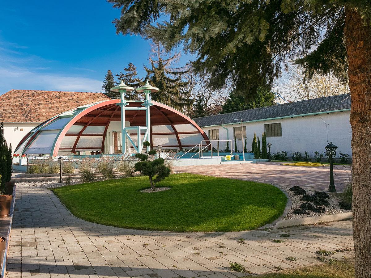Aquasol Resort Mosonmagyaróvár - szállás 3 nap 2 éjszakára 2 fő részére félpanzióval és wellnesszel