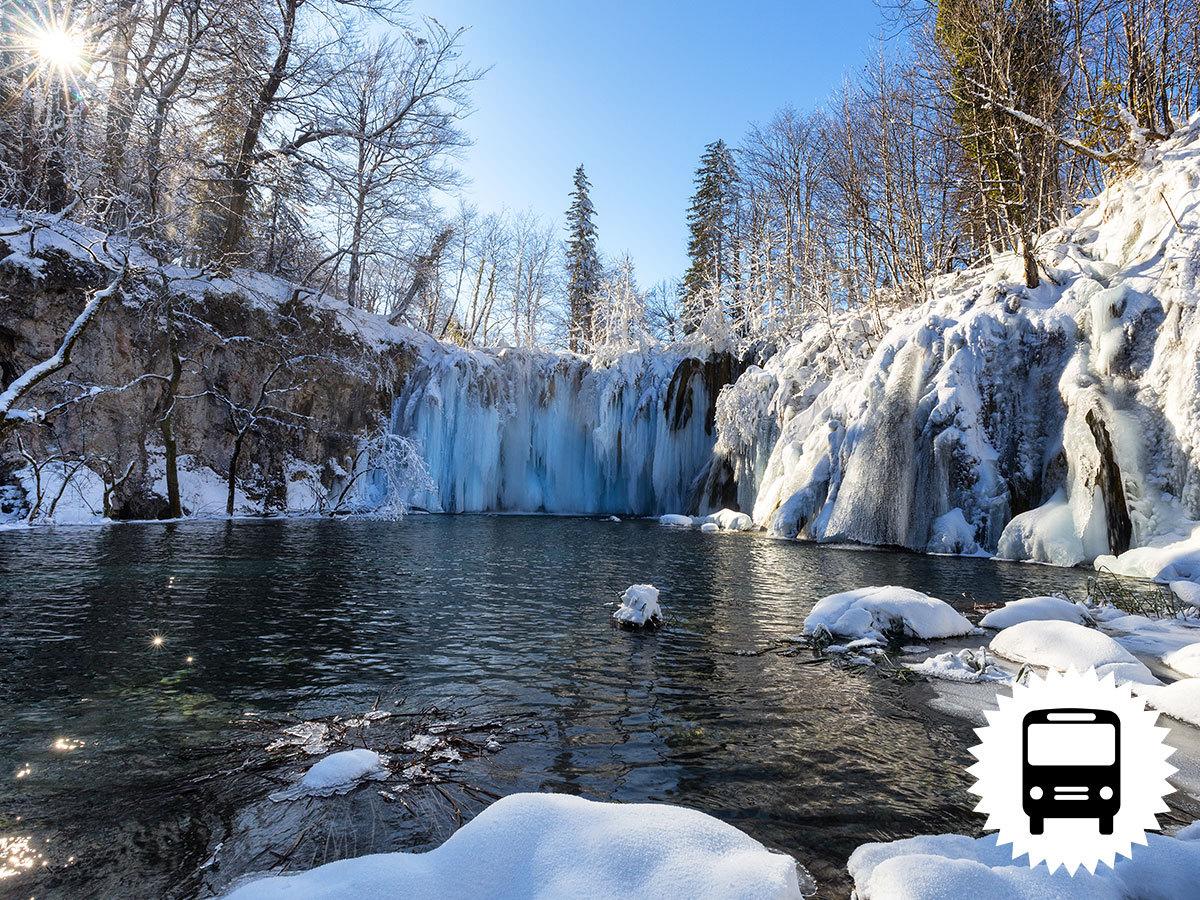 Plitvice hópaplan alatt, non-stop buszos utazások - Horvátország legnagyobb nemzeti parkja, 16 tagú tórendszer, számtalan ámulatba ejtő vízesés / fő