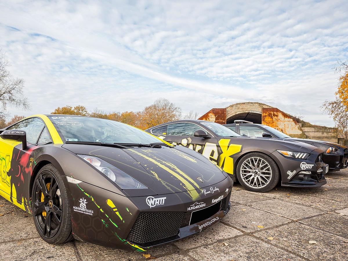 Élményvezetés a Hungaroringen, választható autó: Mustang, Lamborghini, BMW, Lotus, Formula Renault...stb. ajándék belső vagy külső kamerás felvétellel