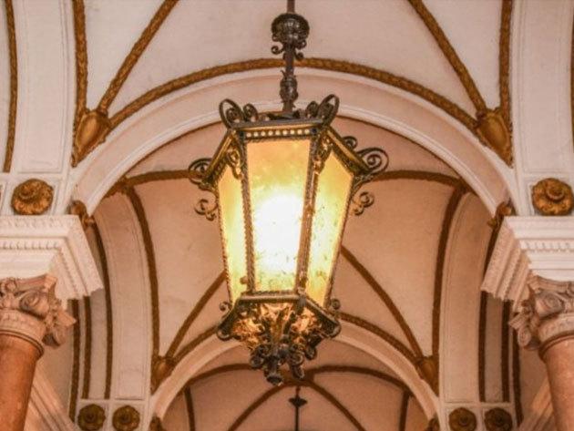2020.07.04. Városnéző séták Budapesten - Andrássy úti paloták kívül-belül (Diák vagy Nyugdíjas jegy)