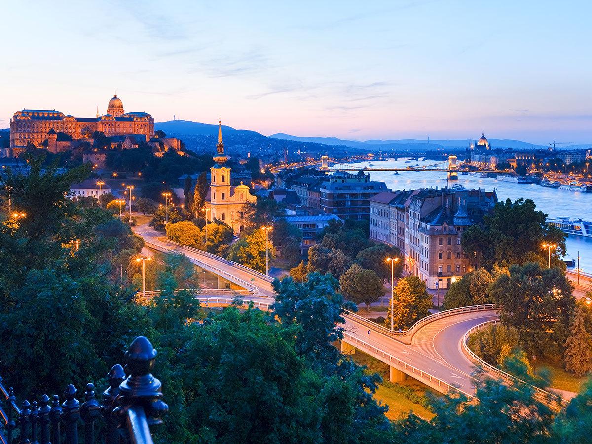 Városnéző séta Budapesten: Gül baba türbe / fő