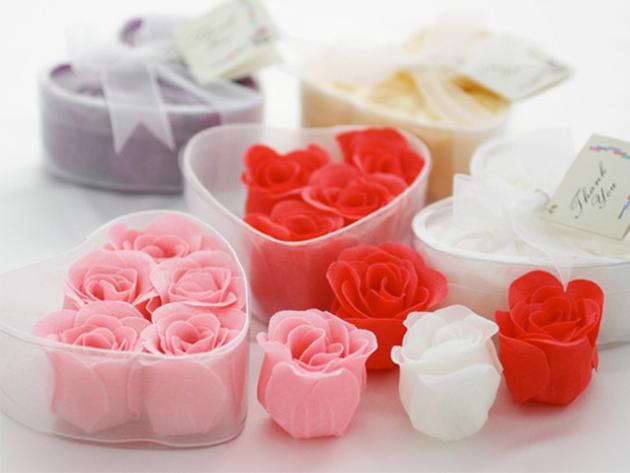 6 db rózsaszappan szív alakú dobozban