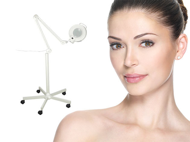 Nagyítós, világító kozmetikai állvány LED lámpákkal, kozmetikai és otthoni hazsnálatra