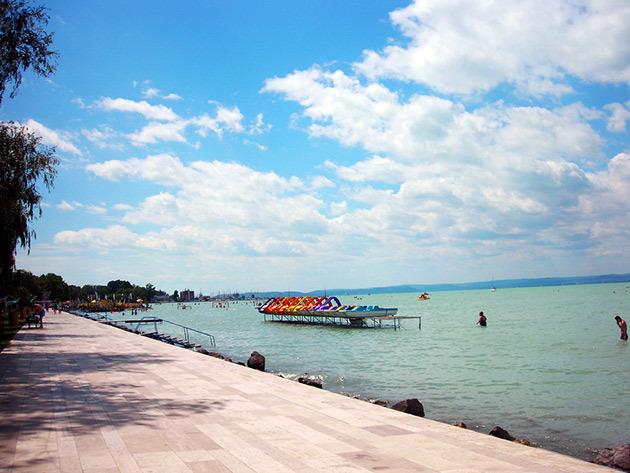 Pihenj a Balaton partján 4 fős apartmanjainkban!