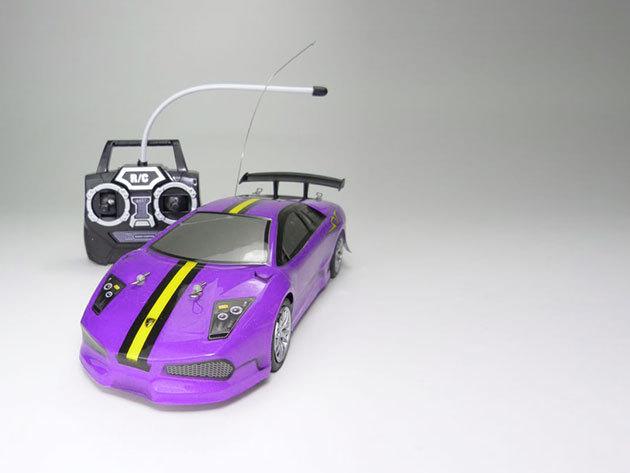 Távirányítású autó (Lila)