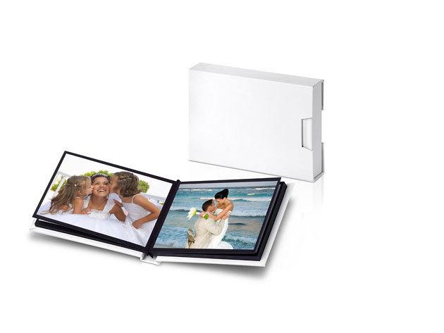 Mitsubishi Fotóalbum ajándék 20db 10X15 fotónyomtatással fehér