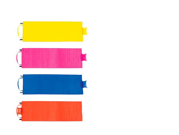 Vállra akasztható párnás gyékény - kék, lila, piros, sárga