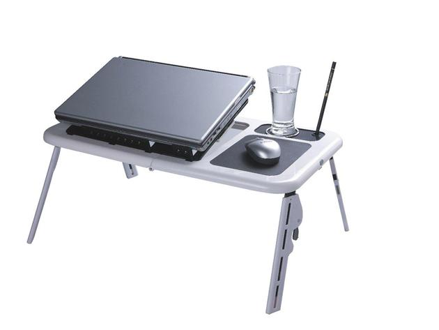 Laptop tartó/hűtő asztal
