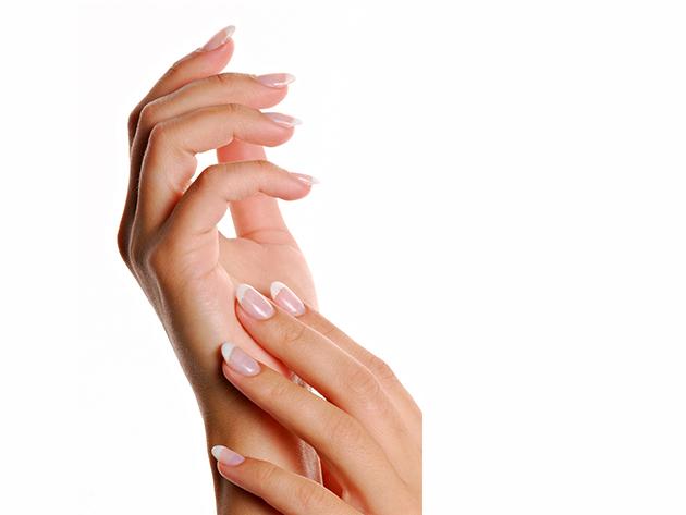 Gél lakk köröm formázással, gyűrűs ujj díszítéssel