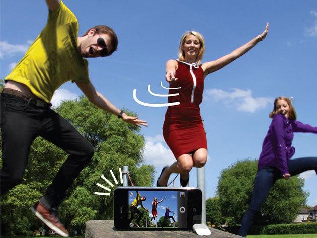 Snap Remote iPhone távirányító és mini állvány - hogy mindenki képben legyen!