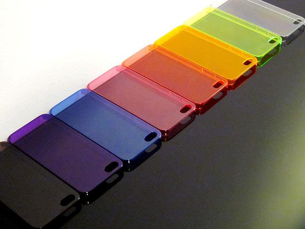 Színes, átlátszó iPhone 5 telefontok ajándék képernyővédő fóliával és védődugóval