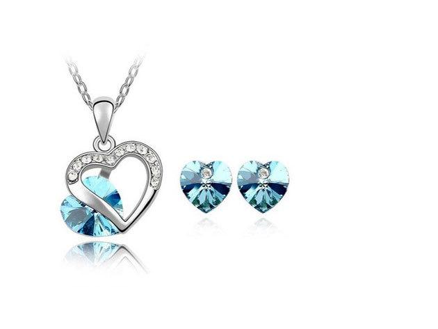 Swarowski Element kristály szívmedál és fülbevaló szett KCH-2024AUS