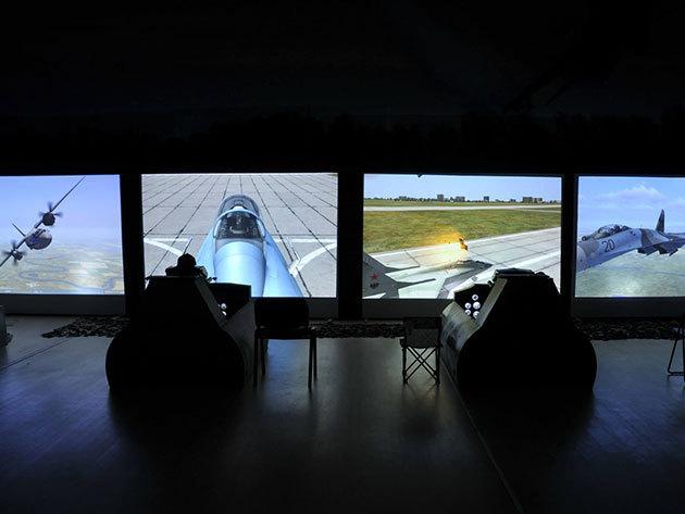 1 óra vadászrepülőgép szimulátorozás a Sim-cityben
