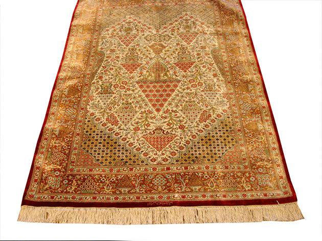 Selyem szőnyeg - 100 x 143 cm