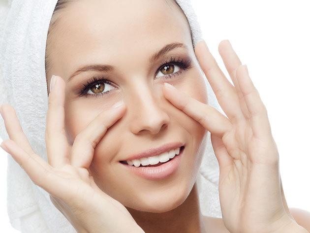 Arctisztítás Ilcsi kozmetikumokkal, arcmasszázzsal és szemöldök igazítással