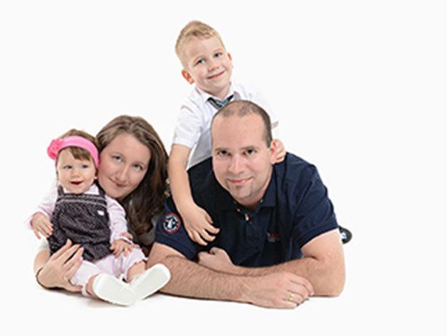 1 órás családi fotózást stúdióban vagy szabadtéren