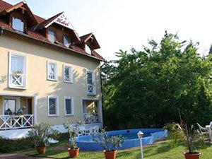 Balatonlelle-Hotel Francoise***  4 nap/3 éj 2 fő részére (05.01.- 05.04.)