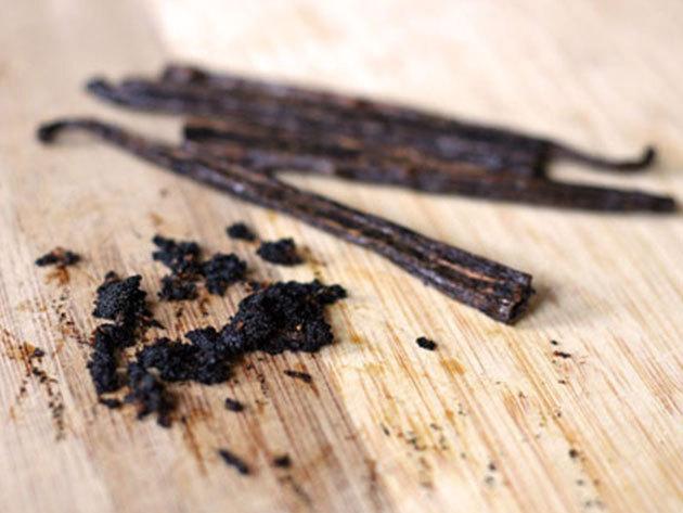 Prémium minőségű Bourbon vaníliarúd 15 grammos kiszerelésben( 3-6 szál, mérettől függően)