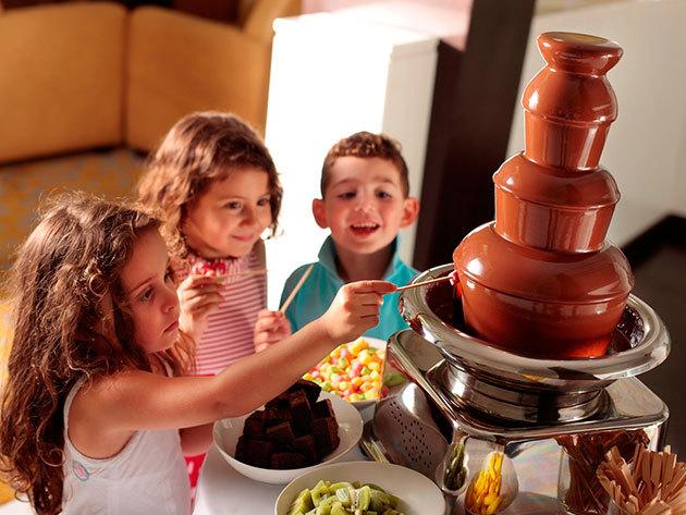 Csokiszökőkút - édes élmény a nyári kerti partikra, ünnepnapokra!