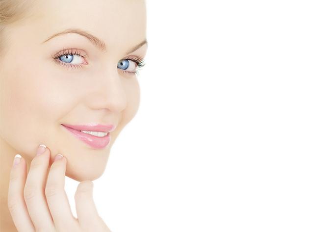 Hyaluronsavas ultrahang kezelés arcon, nyakon és dekoltázson