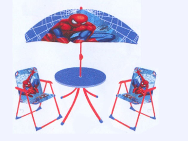 Pókemberes kerti bútor