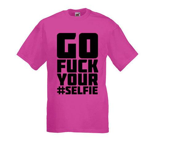'Fuck your selfie' - kerek nyakú férfi póló