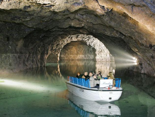 Bécsi városnézés és Seegrotte tavasbarlang látogatás - augusztus 9.