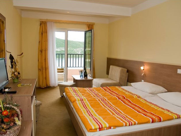 08.27-08.31.- Tengerparti nyaralás Boszniában, Hotel Adria***, Neum - 5 nap / 4 éjszaka szállás 1 főre, félpanziós ellátással