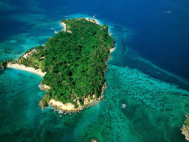 Utazás a Bacardi-szigetre /fő