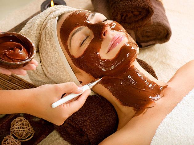 Csokoládés hát-, arc- és dekoltázsmasszázs + csokoládé gél arcpakolás (XIII. kerület)