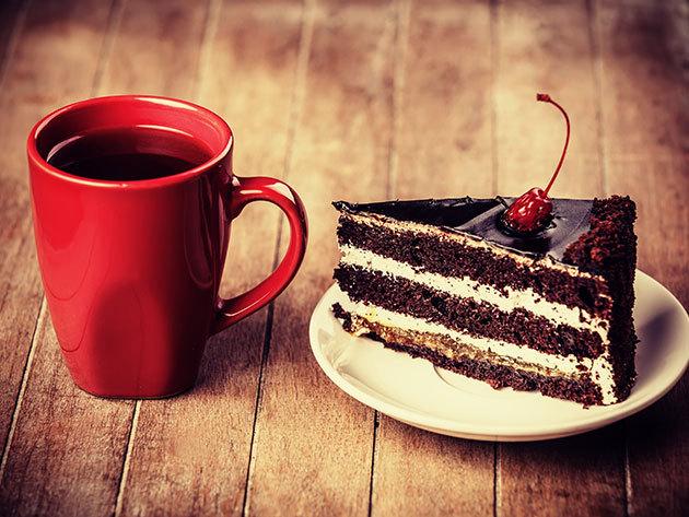 2 kávé vagy capuccino + 2 szelet torta a Kerekerdő Cukrászda napi kínálatából