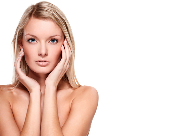 Teljeskörű megszépülés ammónia mentes hajfestékkel és kézápolással