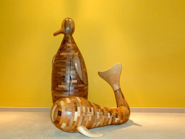 Kézzel készített szobor bútor, fából faragva, tároló résszel - különleges, egyedi ajándék