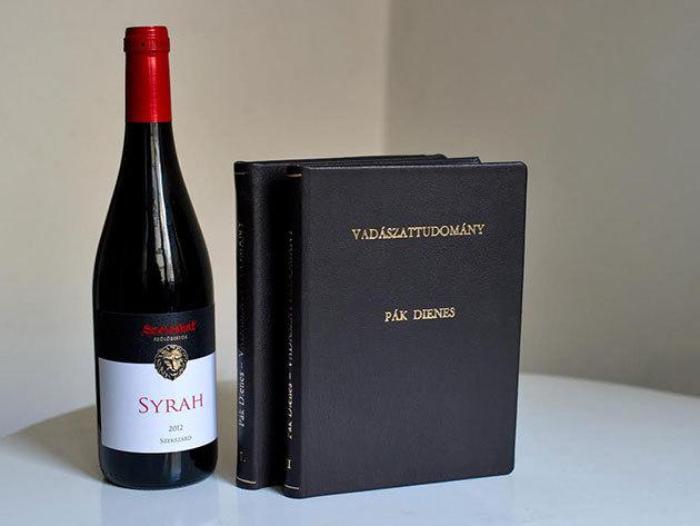 Pák Dienes: Vadászattudomány I. és II. + egy palack Syrah nemes vörösbor