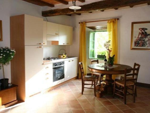 TOSZKÁNA! Fattoria Il Santo - 3 éjszaka 2 fő részére apartmanban reggelivel és különleges kóstolóval
