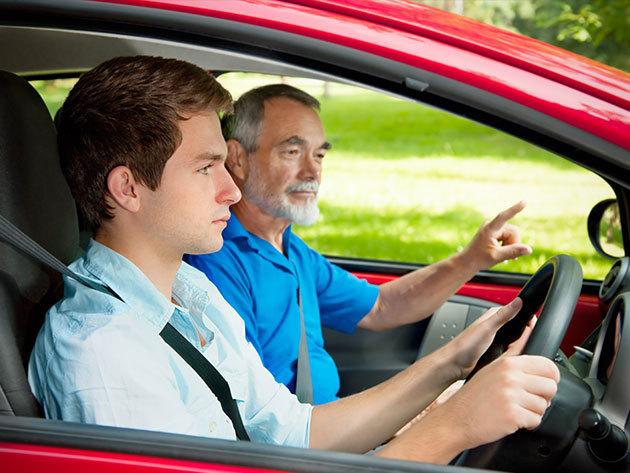 Tanulj vezetni az Astorián! KRESZ + 9 óra forgalmi vezetés + akciós elsősegély tanfolyam / Atilos Autósiskola